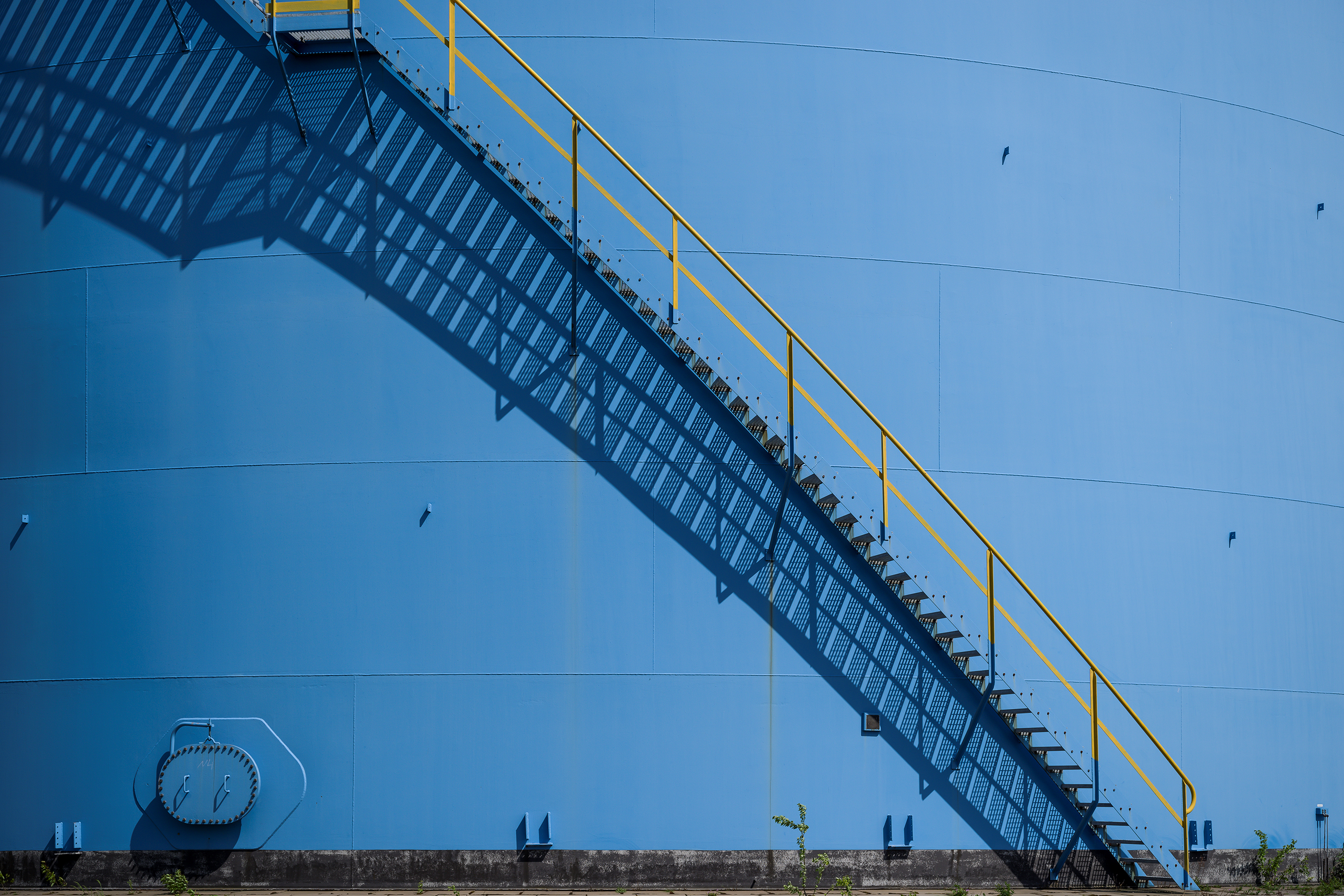 Holborn-refinery (3)