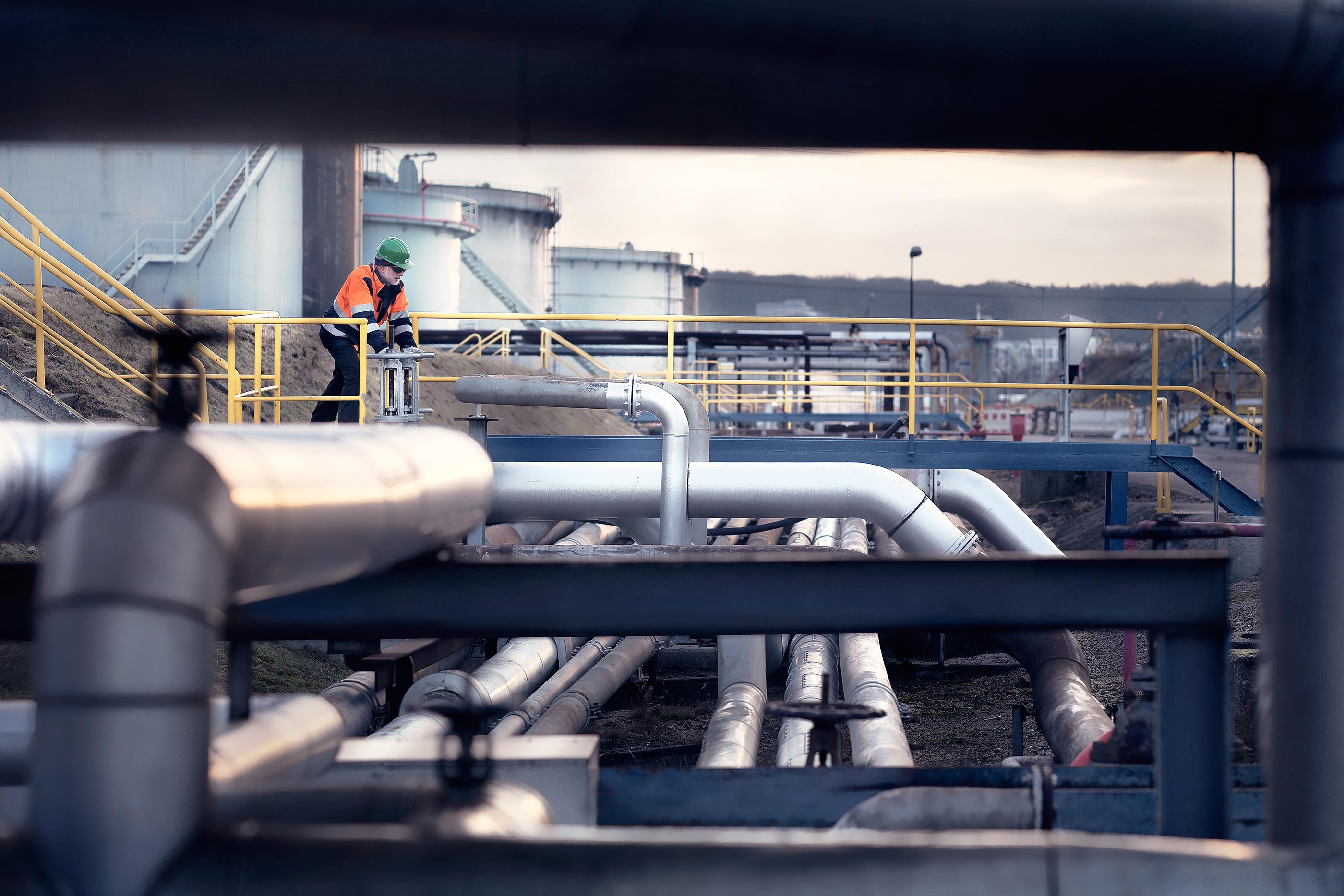 Holborn refinery 5