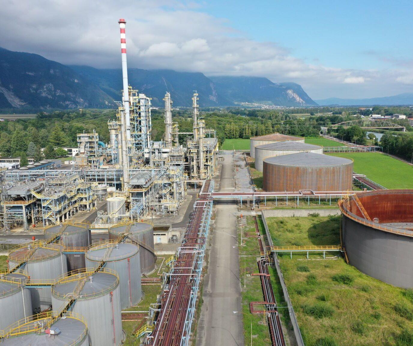 Malnati Placeholder picture refinery site